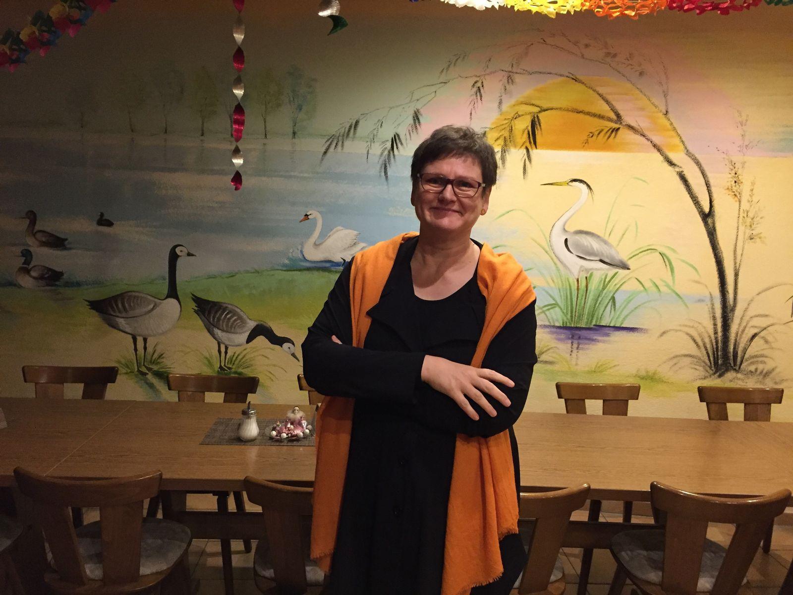 EINMALIGE VERWENDUNG SPIEGEL Plus SPIEGEL 20/2017 S.52 SPD Barbara Supp Genossen