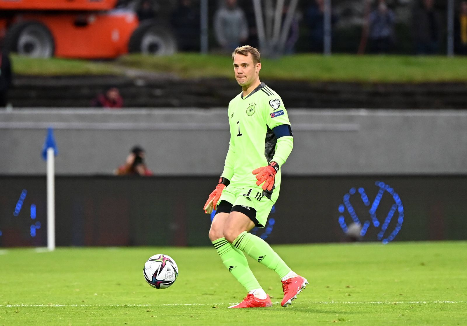 Fussball, Herren, Saison 2020/21, WM-Qualifikation (Gruppe J, 6. Spieltag) in Reykjavik, Island - Deutschland, Torhüter