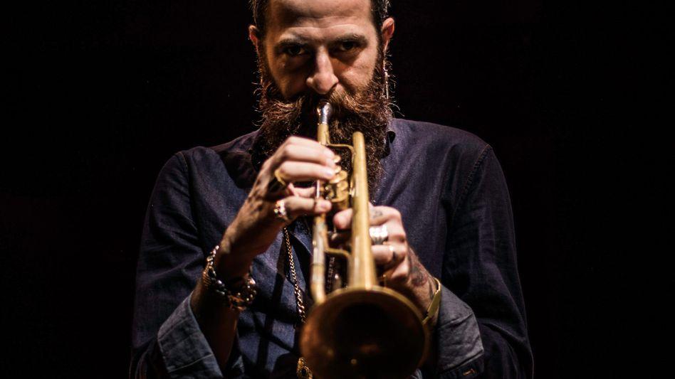 Avishai Cohen, Jazzmusiker