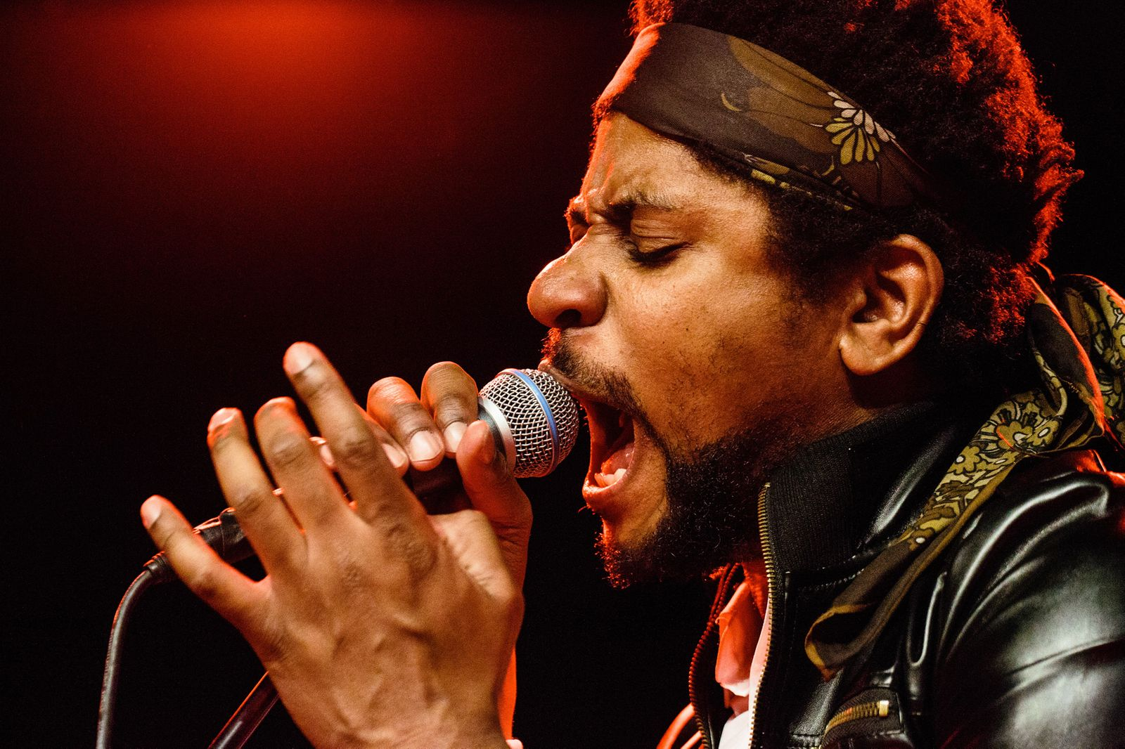 Algiers live in Copenhagen, Denmark.
