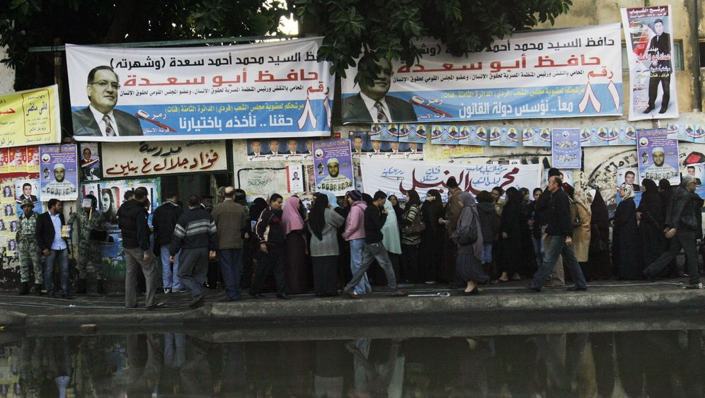 Photo Gallery: Egyptians Go to the Polls