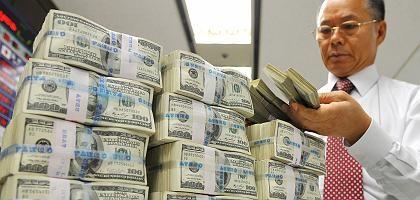 Dollar-Reserven in Fernost: China stockt auf