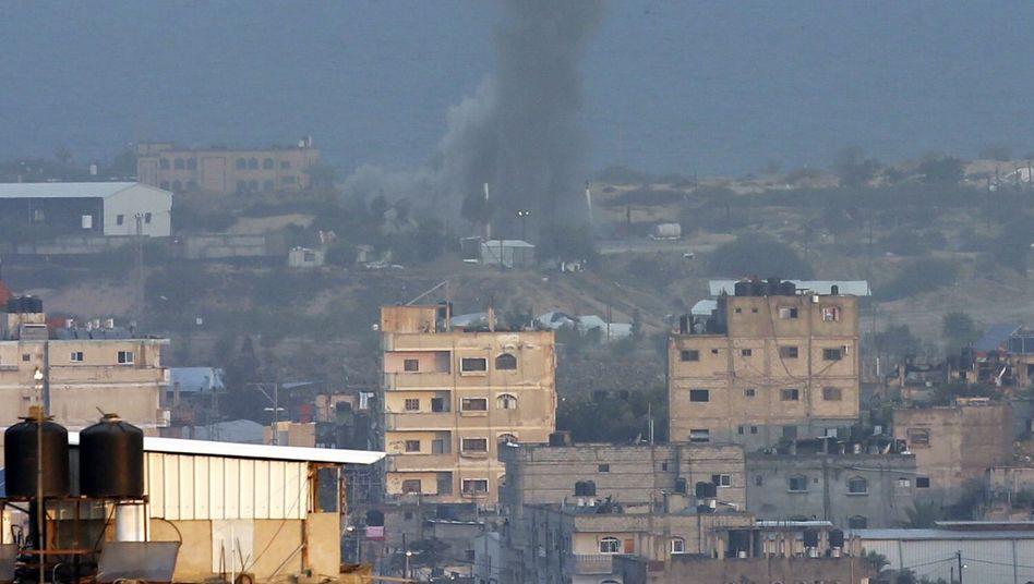 Rauchschwaden nach israelischem Angriff in Gaza