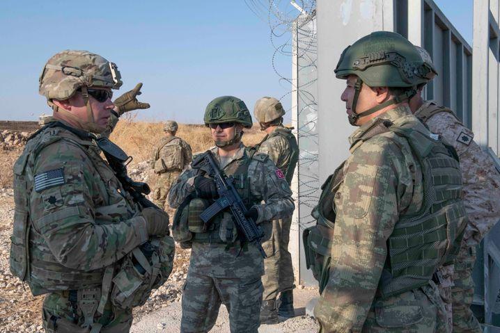 Sind sie bald weg, droht ein brutaler Krieg: US-Soldaten im Nordosten Syriens