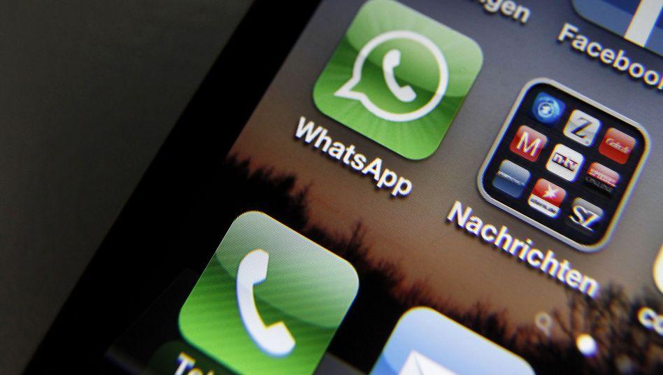 """WhatsApp-Logo auf einem iPhone: """"Es ist auf unserer Roadmap"""""""