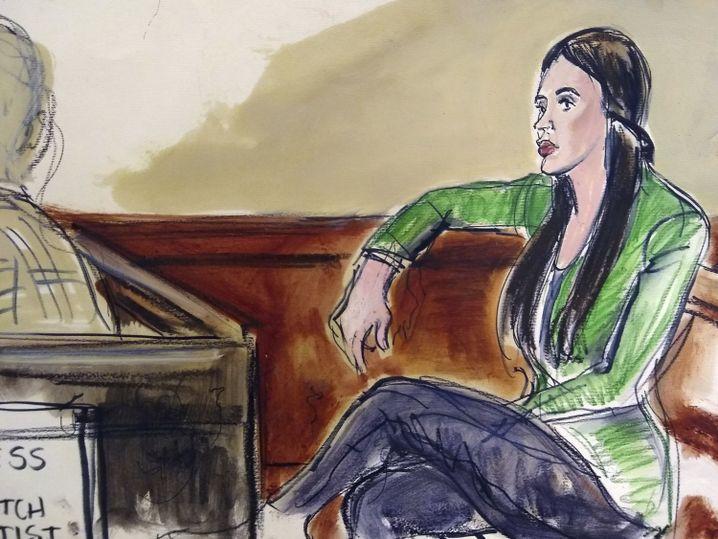 """Gerichtszeichnung von Emma Coronel Aispuro, """"El Chapos"""" Gattin"""