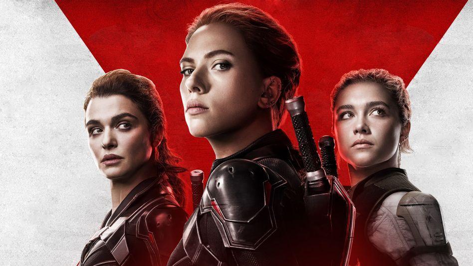 »Black Widow«-Plakat mit Scarlett Johansson (M.)