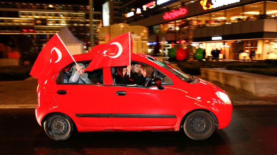 Turkish-Germans in Berlin celebrating the referendum result