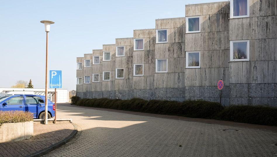 Hanns-Lilje-Heim in Wolfsburg: Vier Infizierte seien im Klinikum Wolfsburg untergebracht, zwei auf der Intensivstation