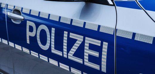 A66 in Hessen: Laster rammt mit Marihuana gefülltes Wohnmobil
