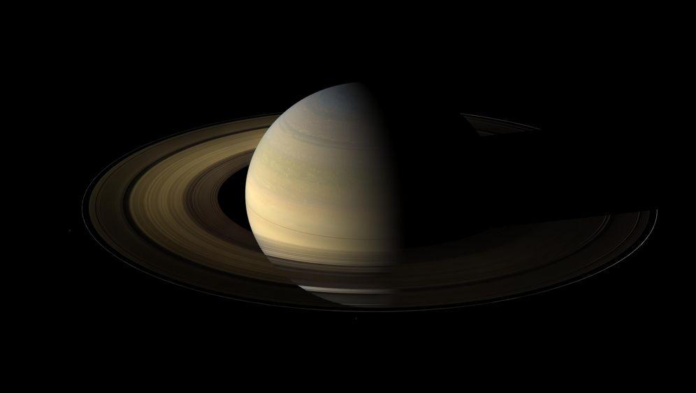 """Fotos der Saturnsonde """"Cassini"""": Abschied von der Ringwelt"""