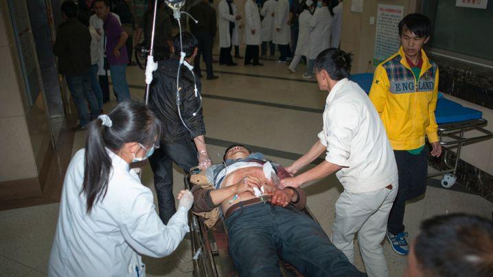 """Bluttat von Kunming: """"Ein Mensch mit langem Messer kam auf mich zu"""""""