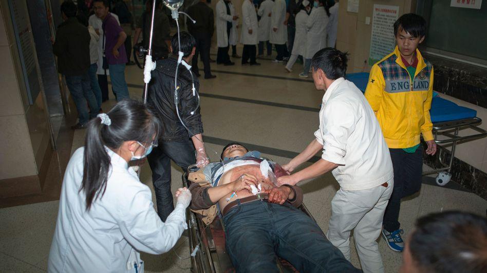Mordanschlag im Bahnhof von Kunming: Blutbad mit Küchenmessern