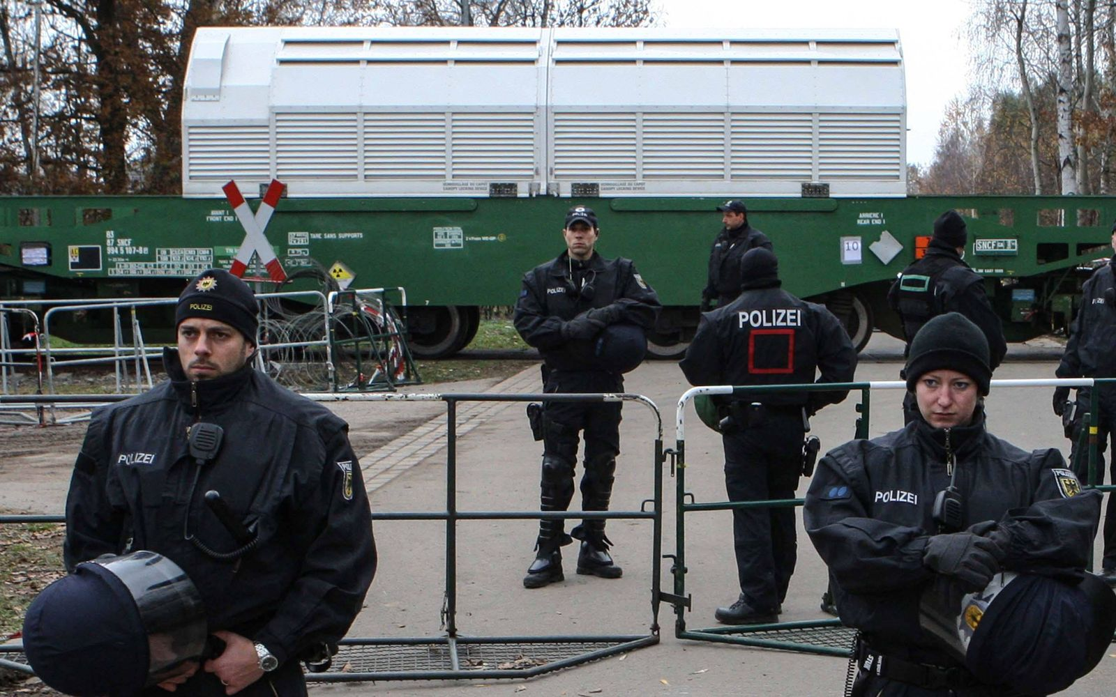 Gorleben Gorleben Symbol des Atomprotests Mit jedem Kilometer den sich der Castor Zug dem Wendl