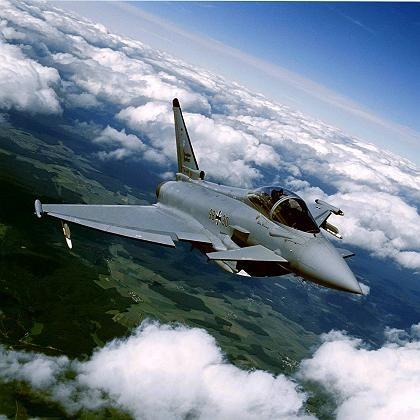 """Eurofighter Typhoon bei einem Testflug: """"Wenn es am Ende nicht anders geht, werden wir unsere Rechtsposition verteidigen"""""""