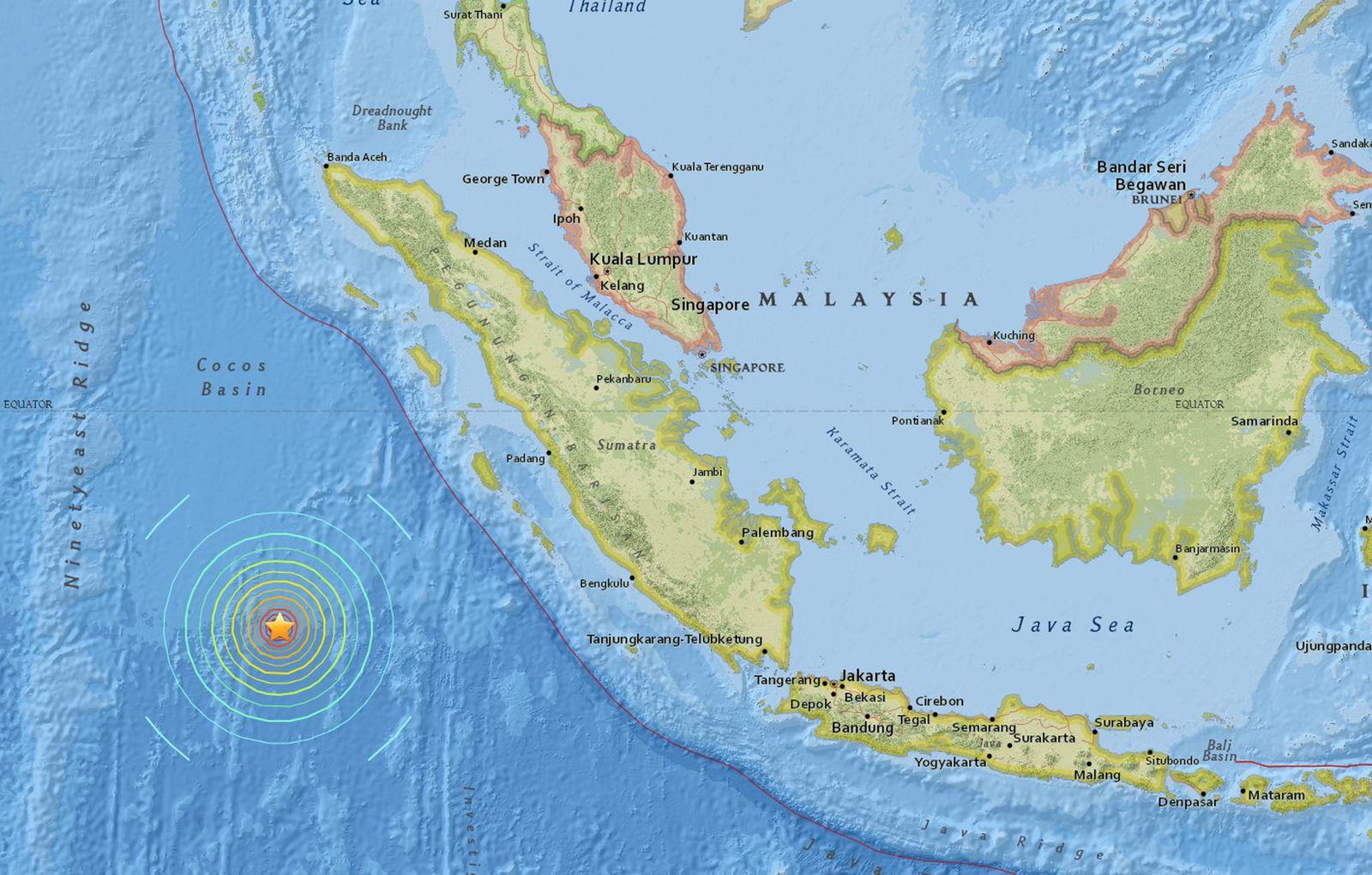 Indonesien/ 7.9 Erdbeben