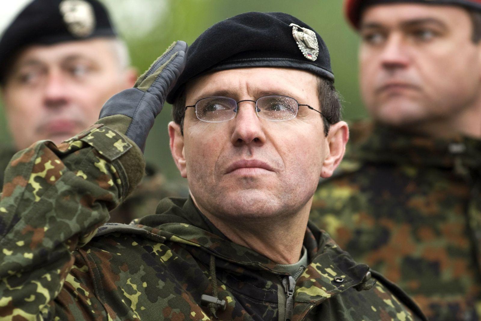 NICHT VERWENDEN Rueckkehrappell der 13. Panzergrenadierdivision