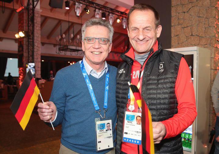 Ex-Bundesinnenminister Thomas de Maizière und DOSB-Boss Hörmann in Pyeongchang