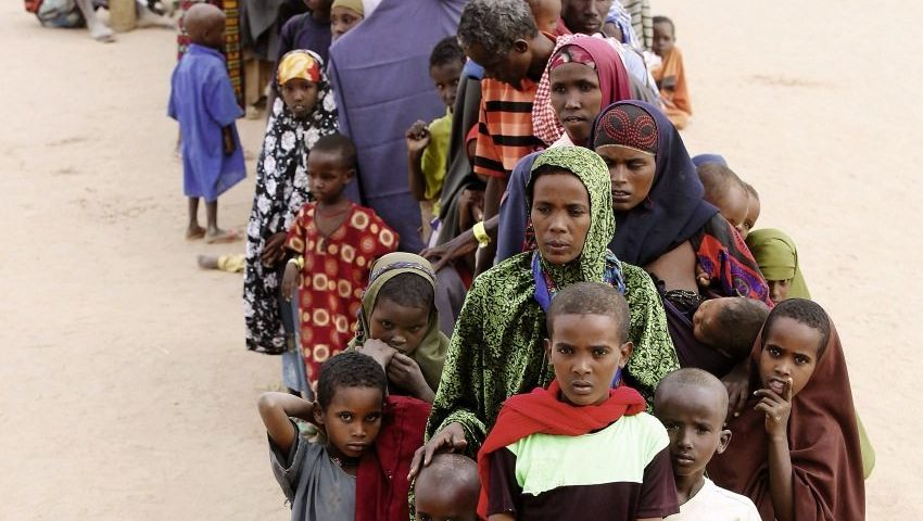 Hungernde Flüchtlinge in Kenia