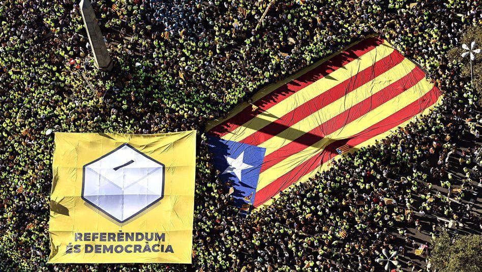 Demonstration in Barcelona für eine Referendum