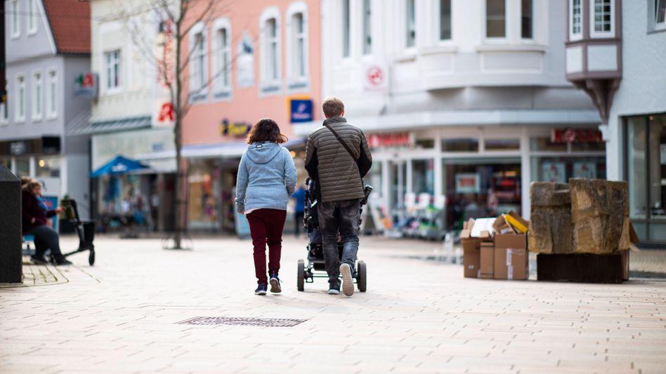 Mehr als nur Spaziergang: Für Geimpfte und Genesene entfallen künftig die Kontaktbeschränkungen