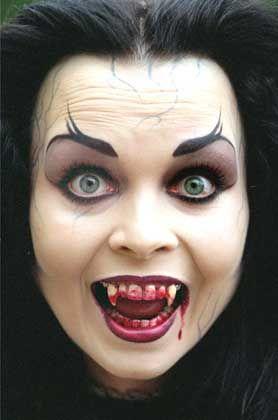 Blutrünstige Vampirin: Jeden Monat einen unschuldigen Menschen anzapfen, um roten Lebenssaft schlürfen zu können