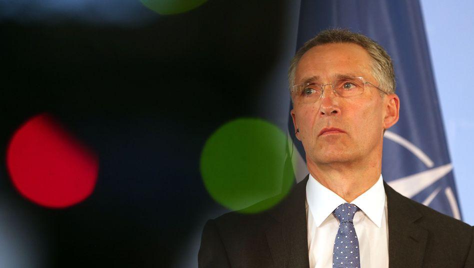 Nato-Generalsekretär Stoltenberg: Athen darf Militärbudget nicht kürzen