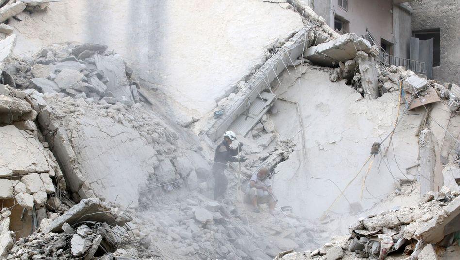 Bomben-Einschlagsort in Aleppo