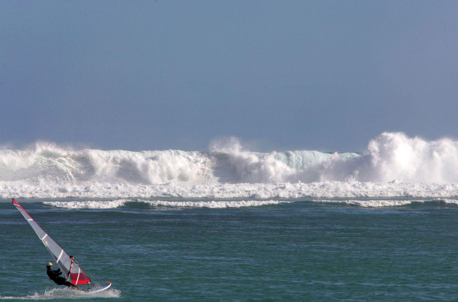 Freak Wave / Rogue Wave