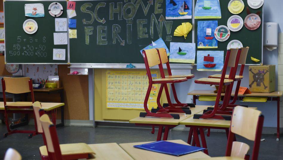 Klassenzimmer in den Sommerferien