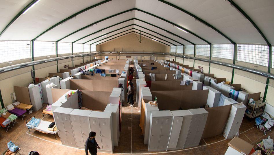 Ehemalige Turnhalle in Regensburg (Bayern): Unterkunft auch für syrische Flüchtlinge