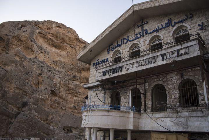 Das Kloster der Heiligen Thekla wurde durch die Gefechte beschädigt