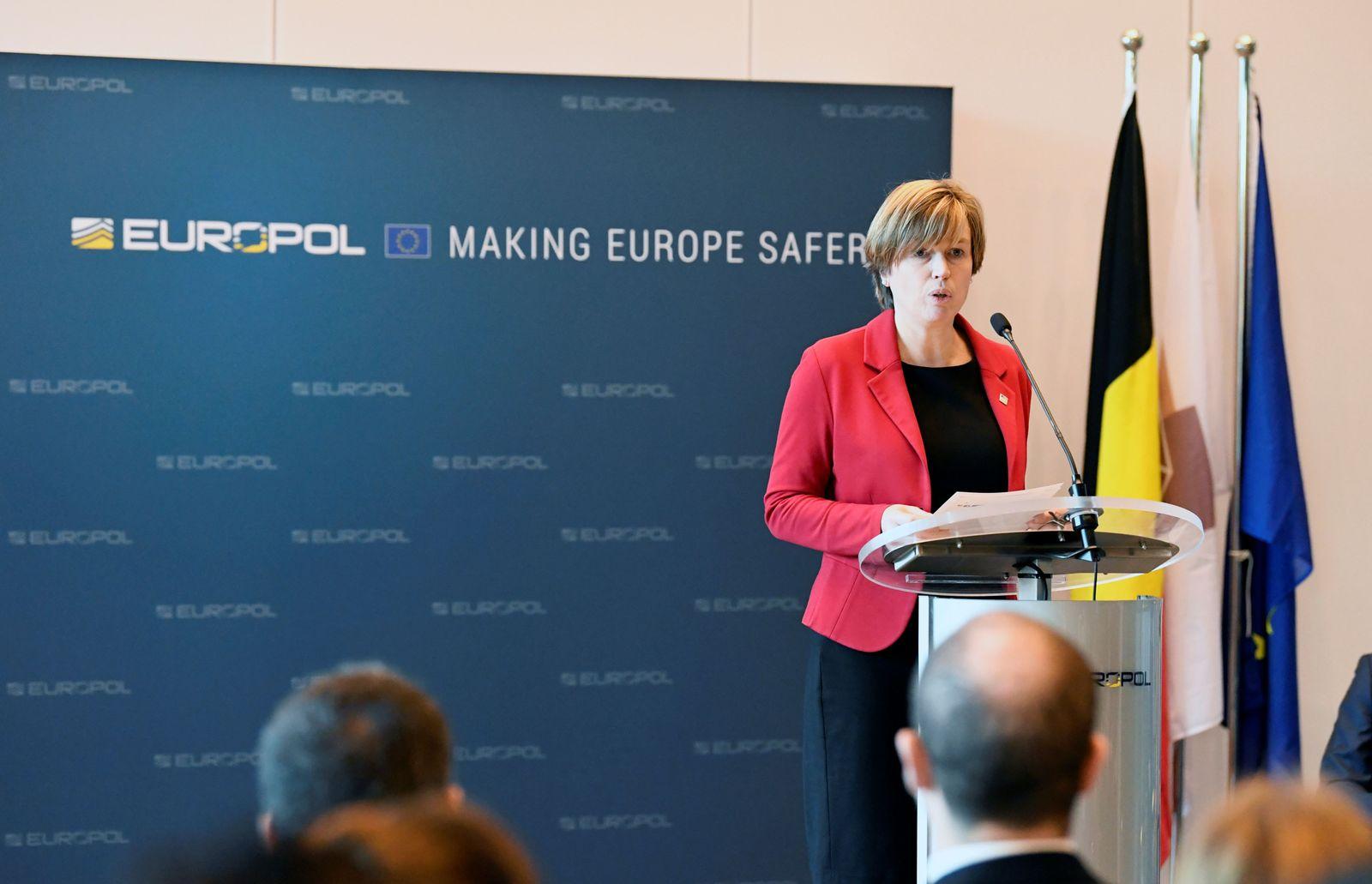 EUROPOL-CYBER/ISLAMIC STATE