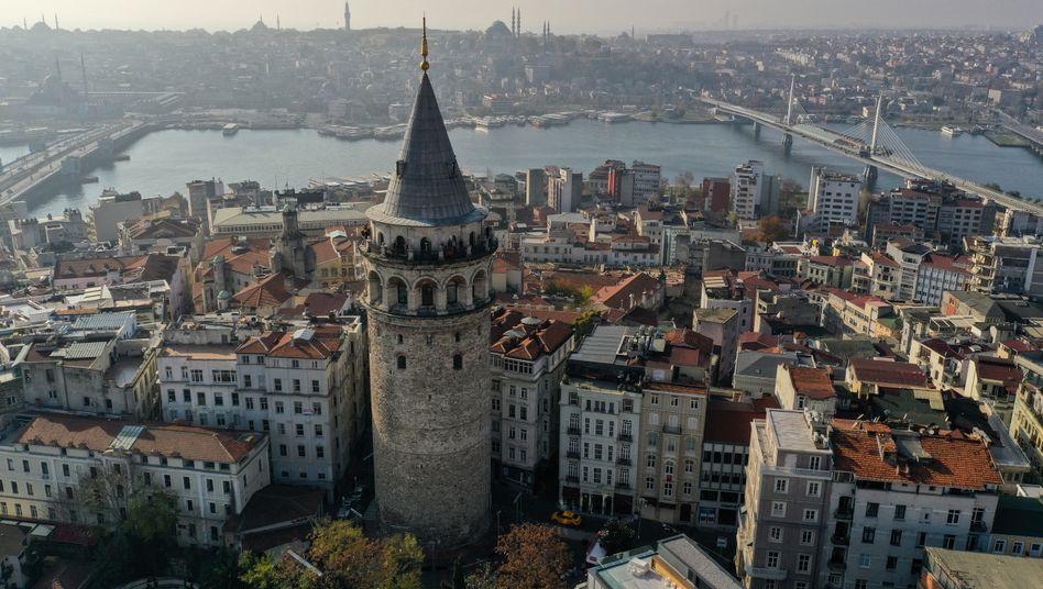 Galata-Turm im Istanbul: Renovierung mit dem Presslufthammer