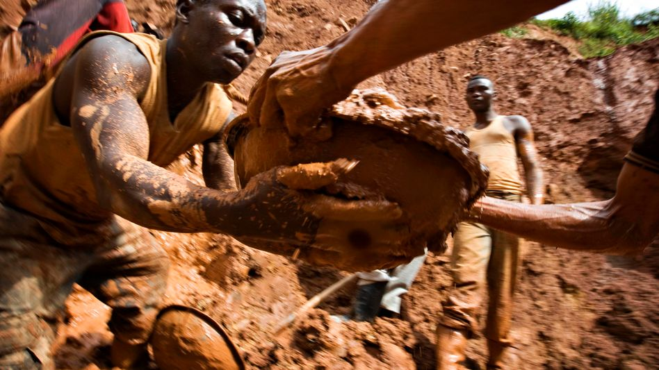 Goldmine im Kongo: Kniefall vor den Lobbyverbänden?
