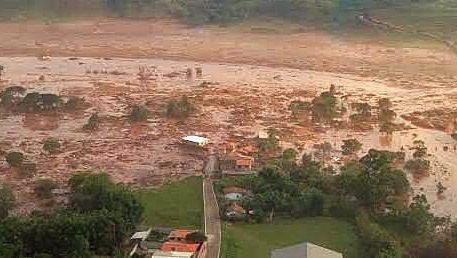 Minenunglück in Brasilien: Schlammlawine zerstört ein Dorf