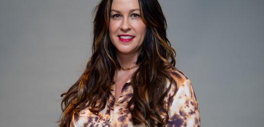 Alanis Morissette: Musikerin distanziert sich von Dokumentarfilm über ihr Leben