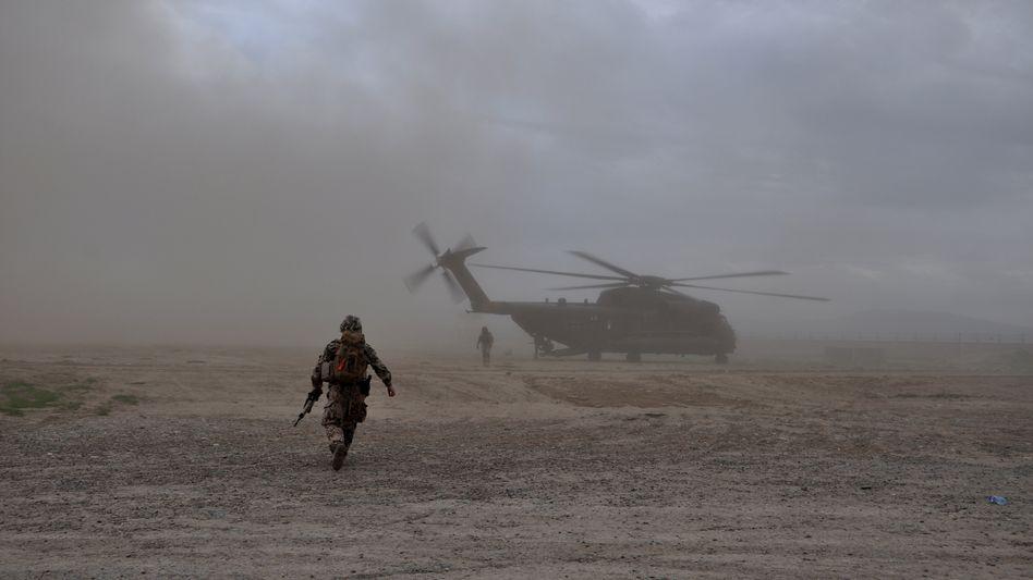 Transporthubschrauber der Bundeswehr in Afghanistan (Archivbild)