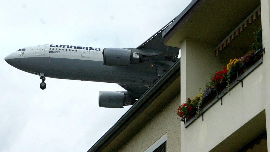 Lufthansa-Maschine im Anflug auf Berlin-Tegel: Lärm nervt - und macht richtig krank