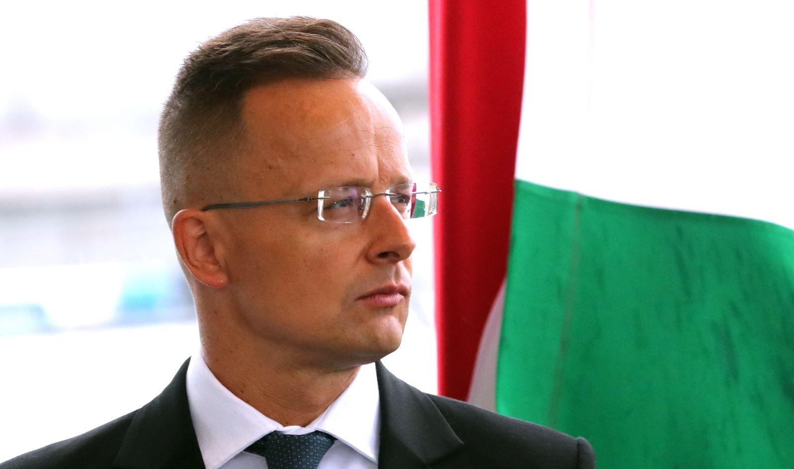 Hungary donates Sinopharm vaccines to Bosnia and Herzegovina