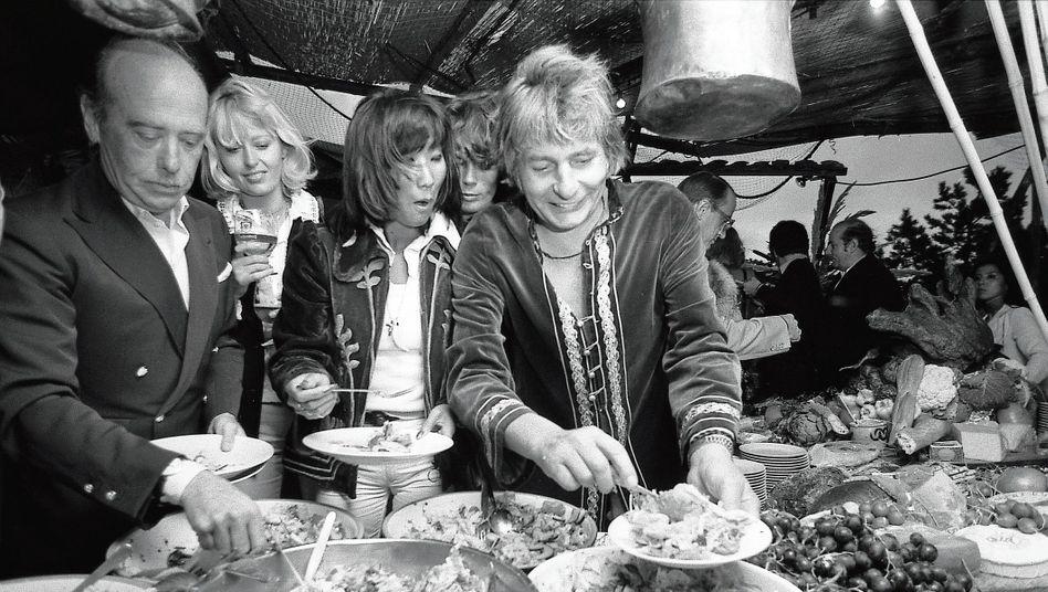 Partygast Sachs (r.) in Kampen 1974: Es herrschte ein mondäner Trubel