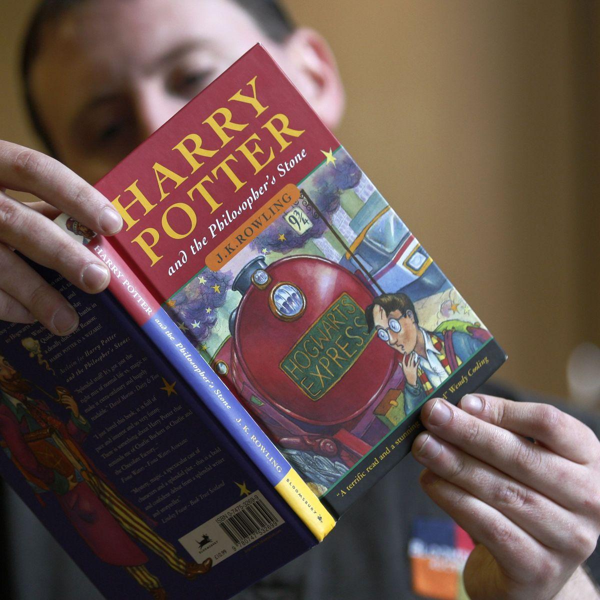 Harry Potter Erstausgabe Erzielt Rekorderlos Auf Auktion In Dallas Der Spiegel