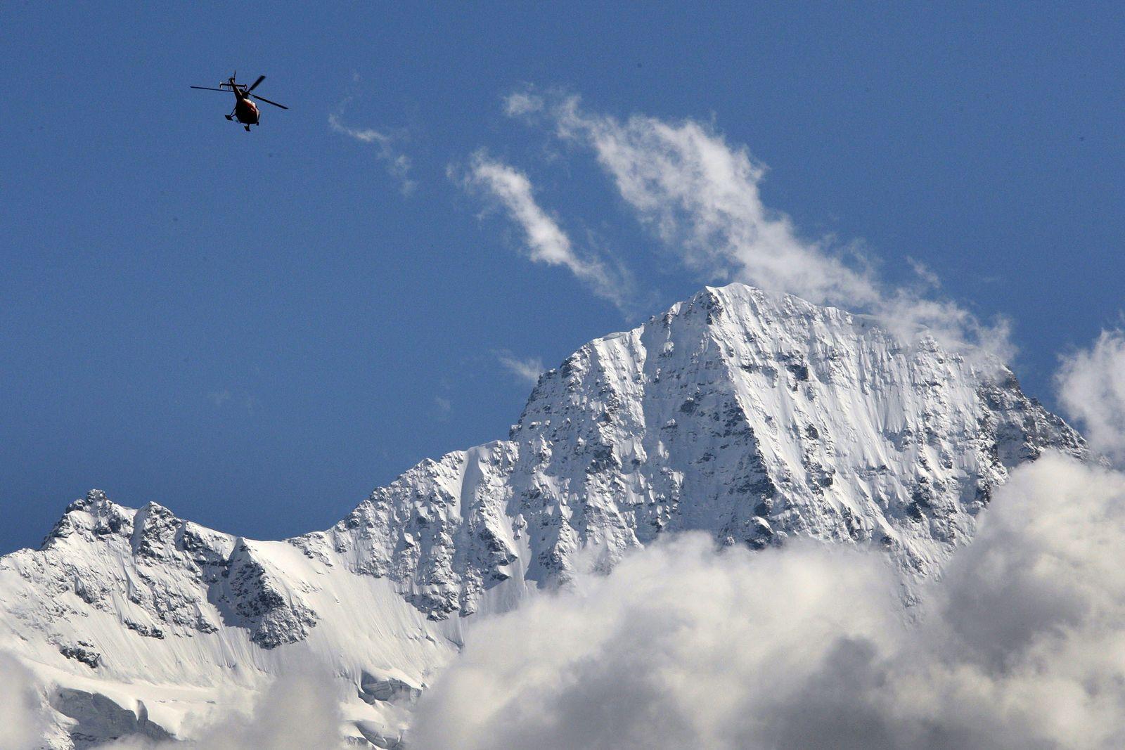 SWITZERLAND-CLIMATE-GLACIER-ALPS-FILES