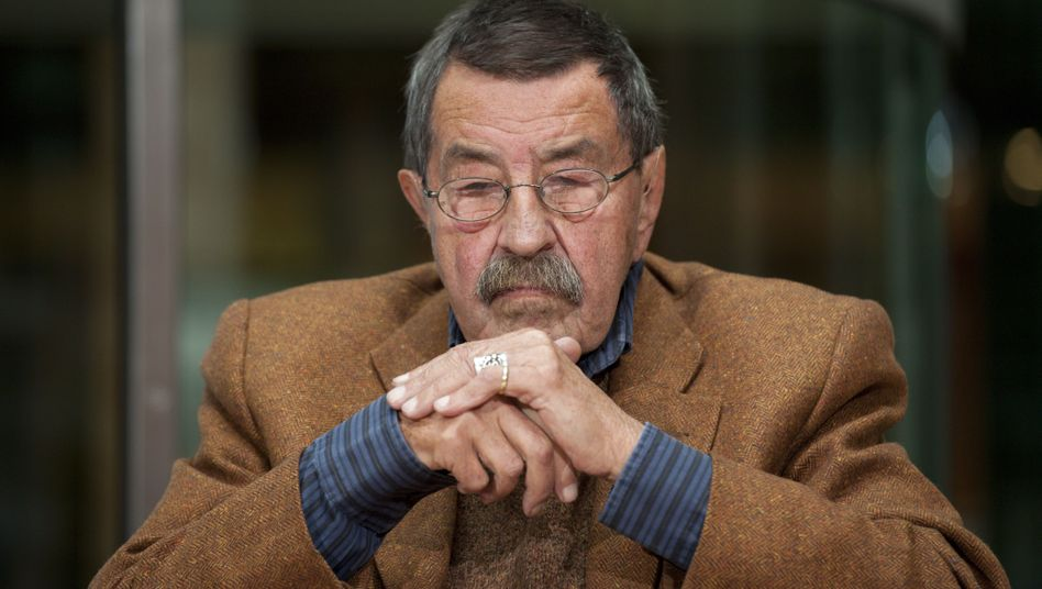 Günter Grass has triggered an international debate with a new poem about Israel and Iran.