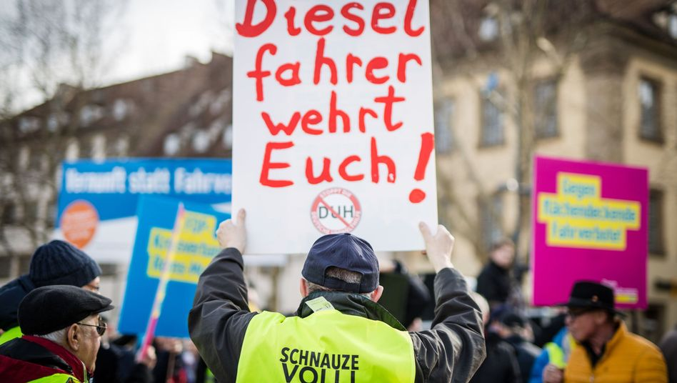 Demo gegen Diesel-Fahrverbote in Stuttgart