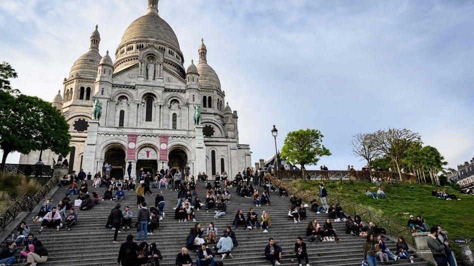 Sacré-Cœur am 12. Mai: Pariserinnen und Pariser genießen die neuen Freiheiten