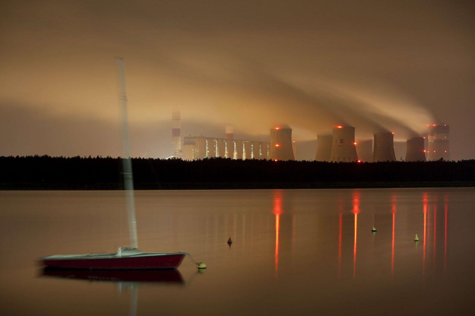 Polen Kohlekraftwerk Belchatow