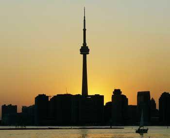 Erloschene Skyline: Torontos Bürger blieben brav