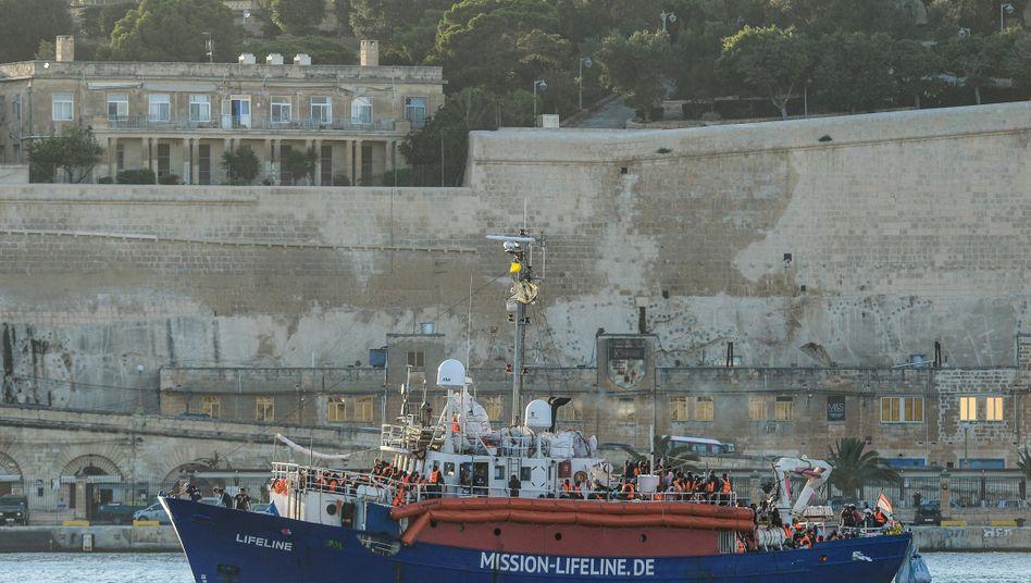 """Rettungsschiff """"MV Lifeline"""""""