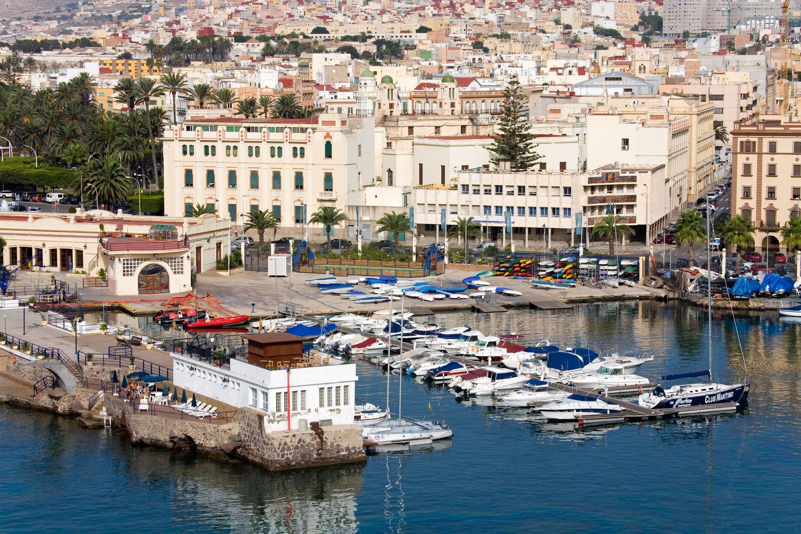 NICHT MEHR VERWENDEN! - Melilla Hafen